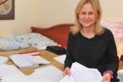 Россияне поставили Донцову над Прилепиным и Пелевиным