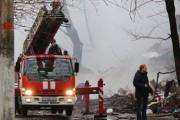Спасатели МЧС завершают разбор завалов дома в Волгограде и поиск жертв