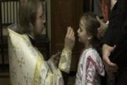 Дочь препятствует крещению внучки. Как быть?
