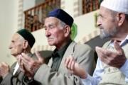 Крымские татары лишили лидеров меджлиса права говорить от имени народа