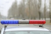 Полицейские закрыли от столкновения автобус с детьми своим автомобилем
