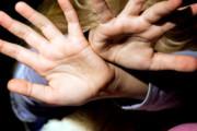 В Удмуртии мужчина изнасиловал 7-летнюю дочь своей сожительницы