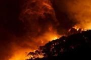 Сотни человек эвакуированы в Австралии из-за угрозы лесных пожаров