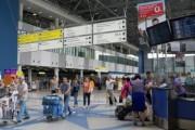 Летевший на Сахалин Airbus вернулся в аэропорт сразу после взлета