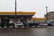 Глава Крыма поручил обязать нефтетрейдеров снизить цены на бензин