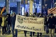 В США люди снова вышли на митинг из-за убийства афроамериканца