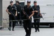 В Турции взорвали автобус с полицейскими