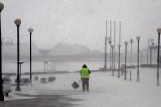Мощный циклон в Приморье занес дороги снегом и потушил пожары