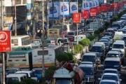 Япония стоит в многокилометровых пробках