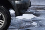 Плохие дороги вынудили омичей ретироваться из угнанной машины
