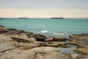 Два вертолета задействованы в спасении 8 рыбаков в Каспийском море