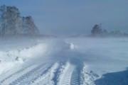 В отрезанные снегом поселки Приморья завозят воду и лекарства