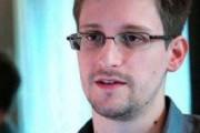 Девушка Сноудена тоже может получить вид на жительство