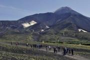 Вулкан Жупановский третий раз за неделю выбросил пепел на 8 км