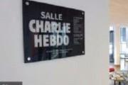 Twitter отказывается блокировать Charlie Hebdo в РФ