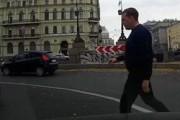 Сбросивший в канал инвалида бизнесмен предстанет перед судом