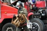 Турбаза горит в Свердловской области на площади 500 квадратных метров
