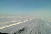 В снежном заторе на оренбургской трассе погиб водитель