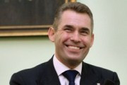 Астахов возмущен освобождением хабаровского педофила