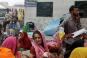 Из-за землетрясения на северо-востоке Индии около 2 тысяч человек лишились жилья